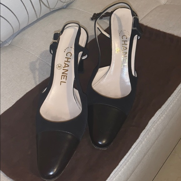 CHANEL Shoes   Black Chanel Slingback